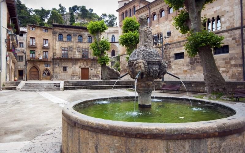Fontaine des Chorros à Estella-Lizarra