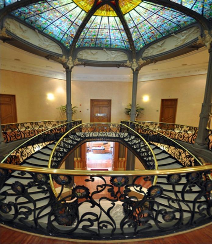 Escalier intérieur du Palais de Longoria