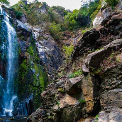 Fervenza do Toxa, les chutes d'eau qui reflètent l'essence onirique de la Galice