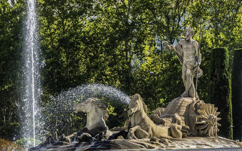 Fontaine de Neptune, dans le Paseo del Prado