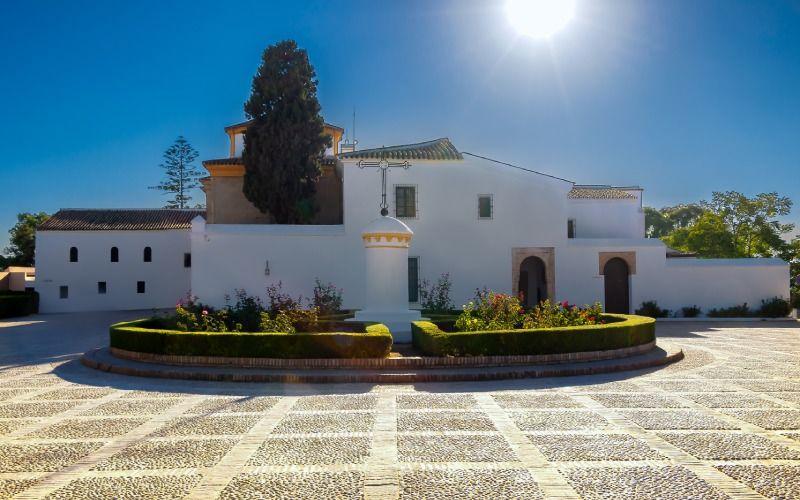 Le monastère était dès le départ une forteresse