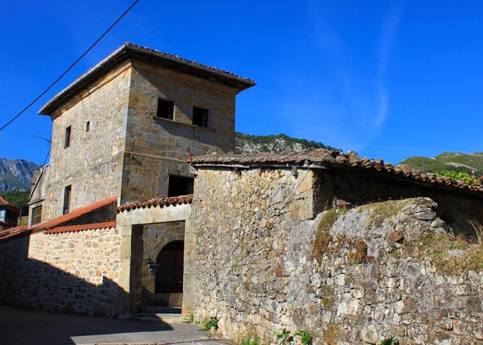 Palacio de Los Mestas y Cossío en Arenas de Cabrales