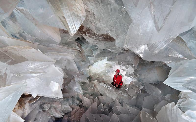 Géode de Pulpí et ses cristaux transparents