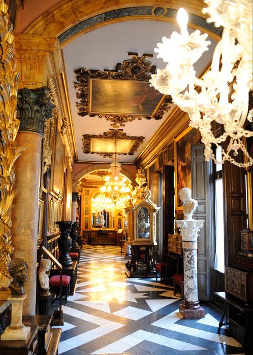 Couloirs dans le Musée Cerralbo