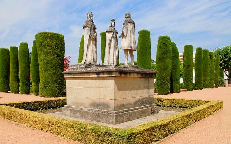 Statues des rois Catholiques et de Christophe Colomb