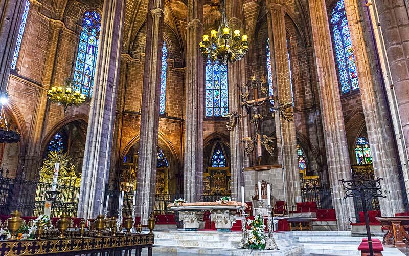 Maître-autel de la Cathédrale de Barcelone.