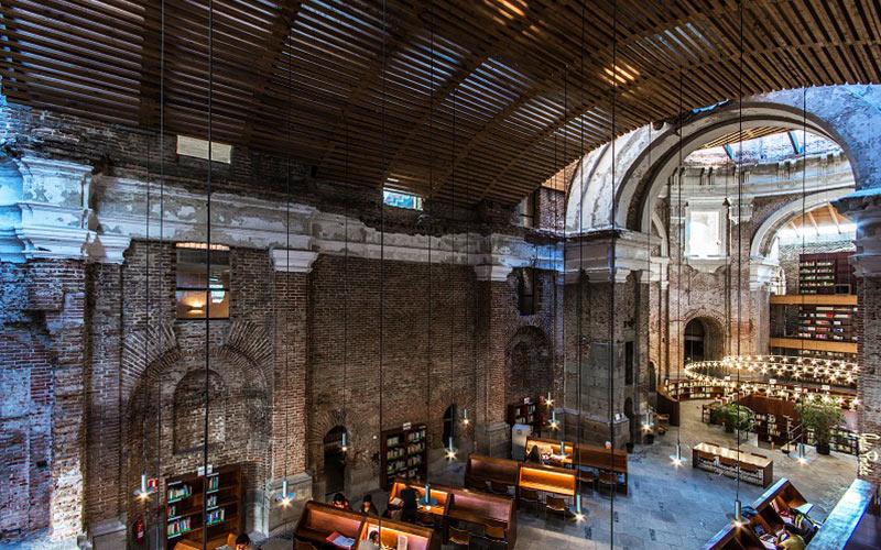 Bibliothèque Escuelas Pías
