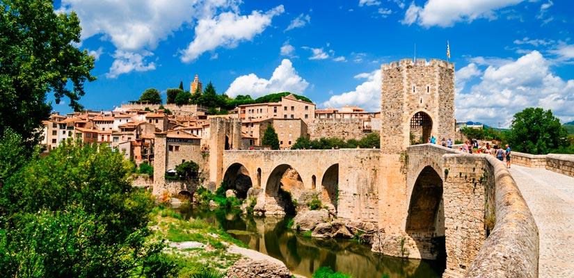 Besalú, l'un des plus beaux d'Espagne