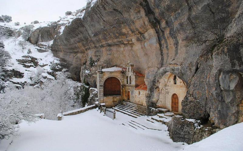 Grotte-église San Bernabé