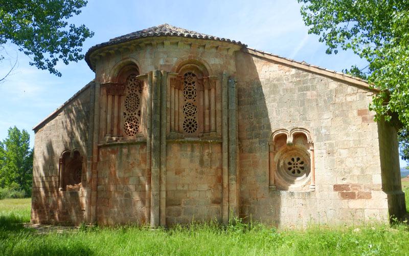 Église Santa Coloma d'Albendiego, image indiscutable de l'art roman mudéjar