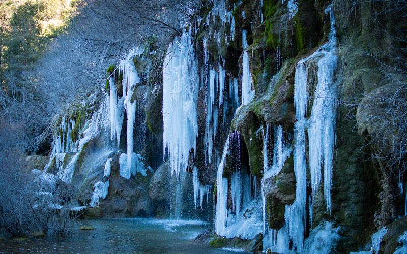 Source de la rivière Cuervo congelée