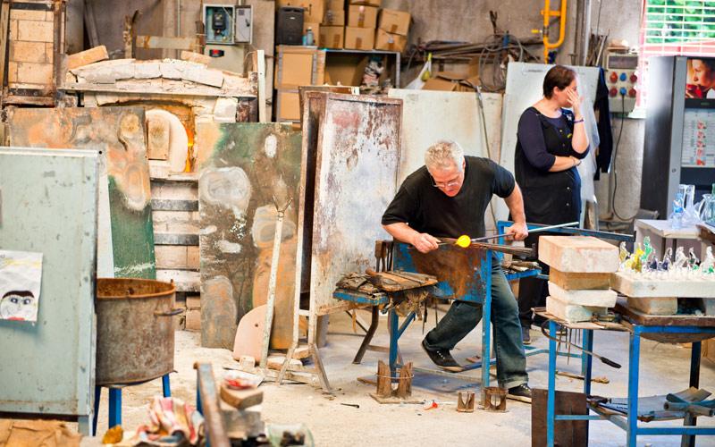 Atelier de verrerie artisanale dans le Village espagnol