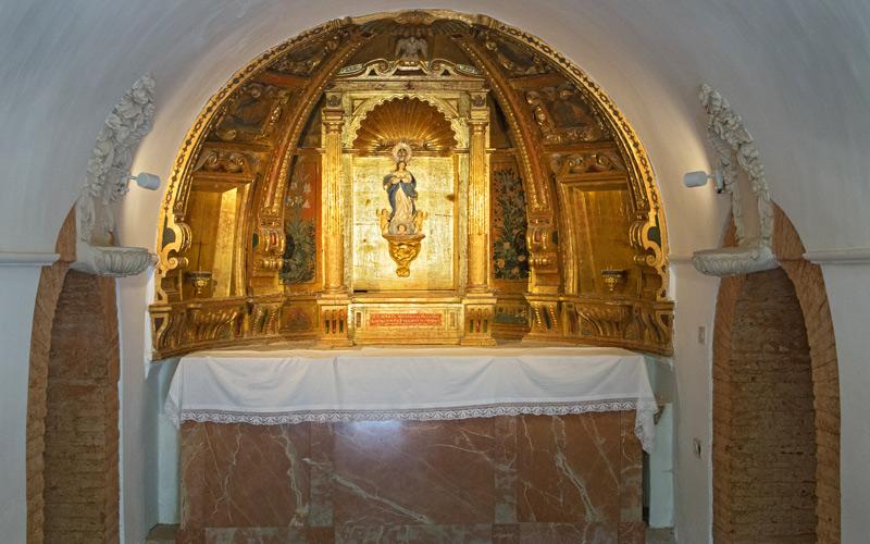 Une autre des chapelles de Grottes Sacrées