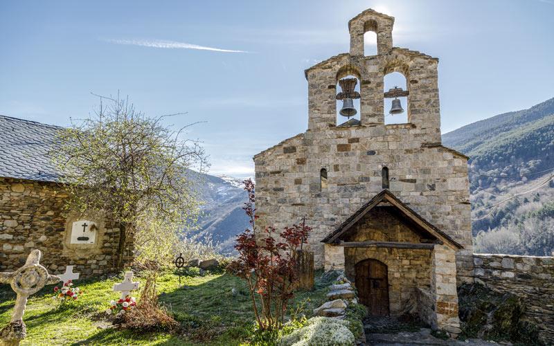 Église Santa María de Cardet