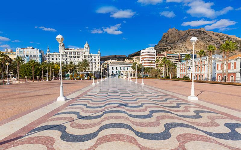 Promenades en bord de mer d'Espagne. Alicante