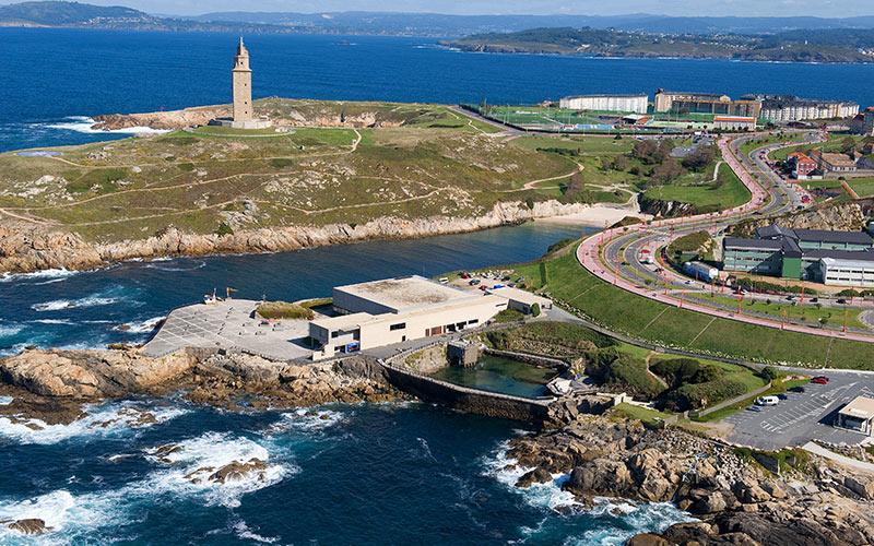 Promenades en bord de mer d'Espagne. La Corogne