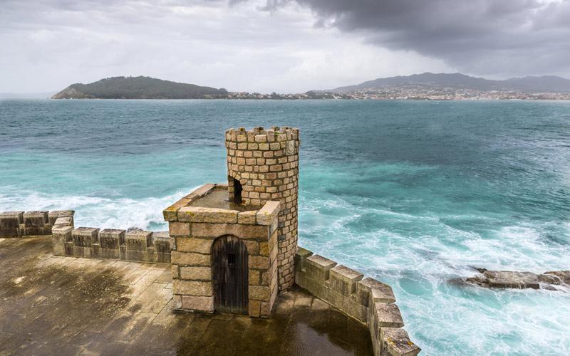 Muraille défensive de Montrreal de Baiona