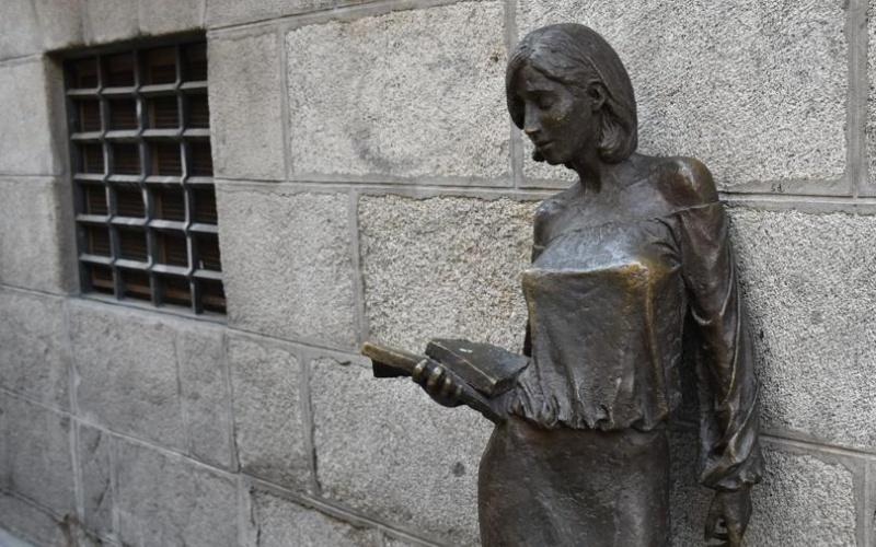 """Après Julia"", la sculpture de la rue Pez"