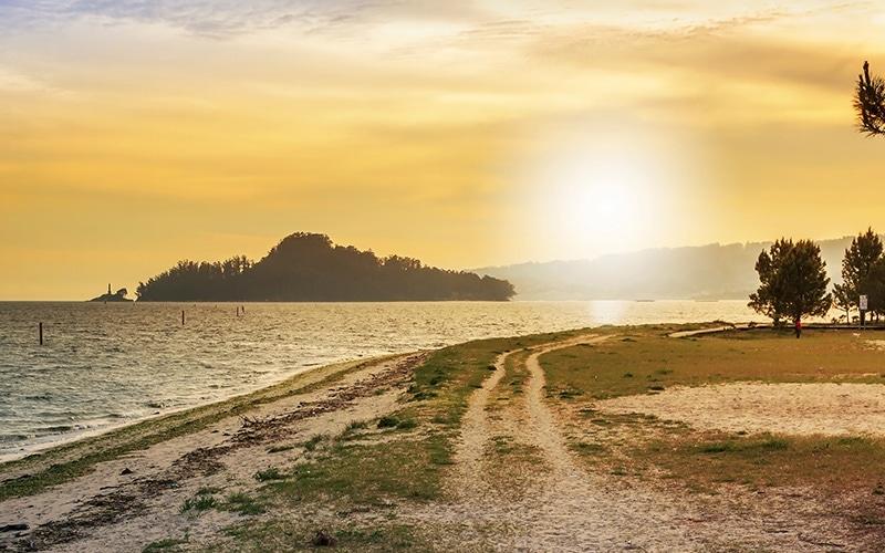 hidden islands in Spain/ Isla de Tambo, una de las islas secretas españolas
