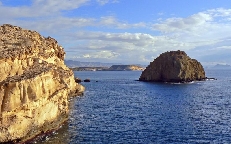 Monument naturel de la Isla Negra
