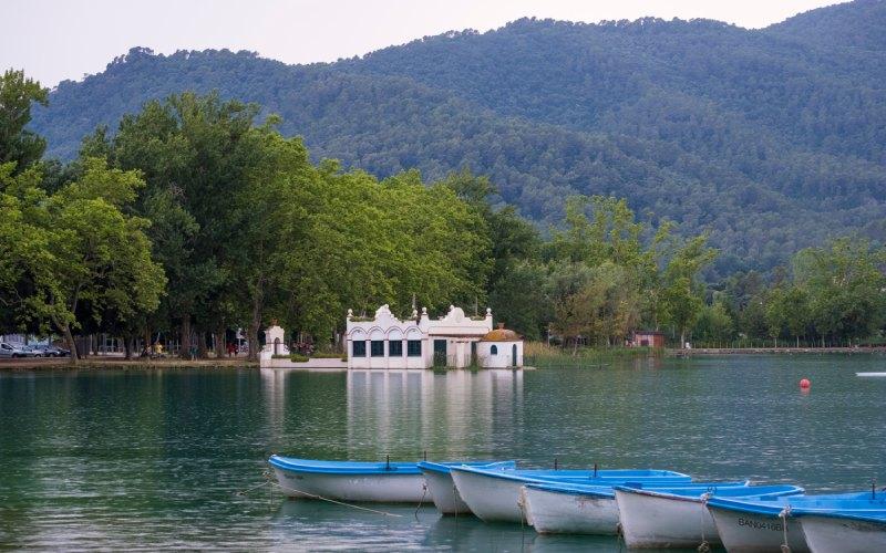 Lac de Banyoles, Gérone. | Shutterstock