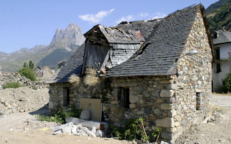 Une vieille maison de Lanuza