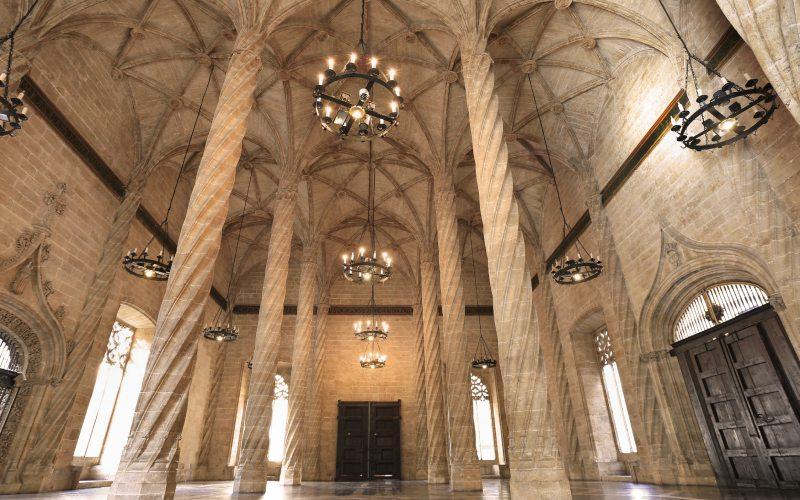 Intérieur de la Bourse de la Soie de Valence