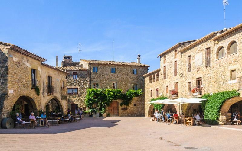Place Jaume I à Monells