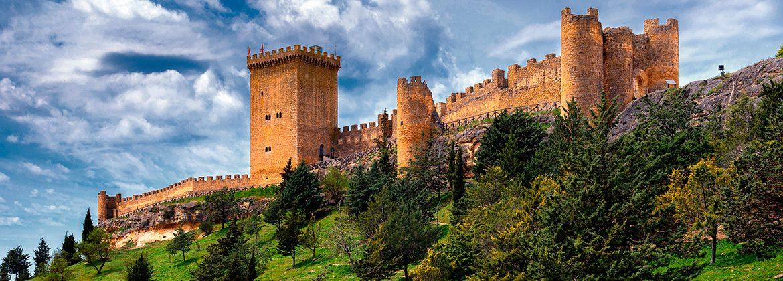 Panorámica del castillo de Peñaranda de Duero