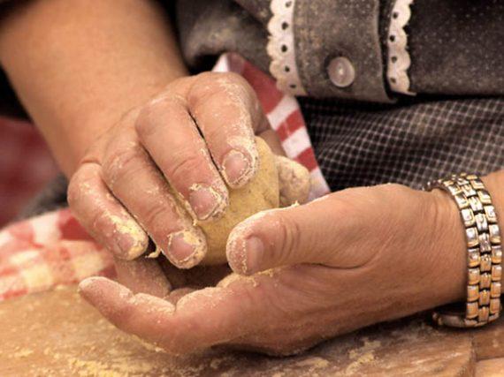 Voici comment sont faits les produits typiques basques
