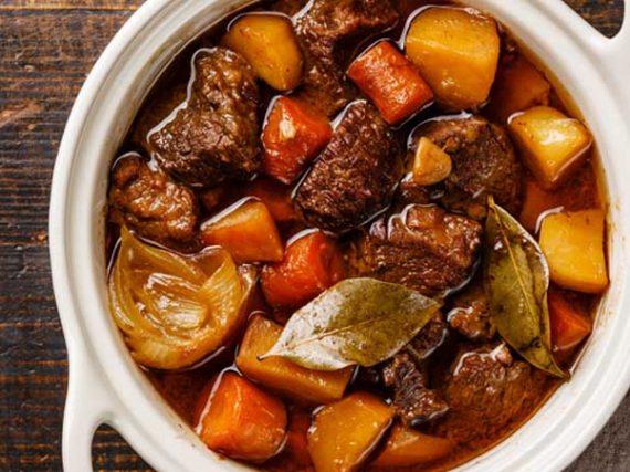 Recette de ragoût de bœuf à l'espagnole, un délicieux ragoût traditionnel