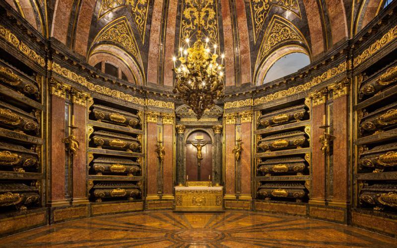 Panthéon Royal dans le monastère de San Lorenzo de El Escorial