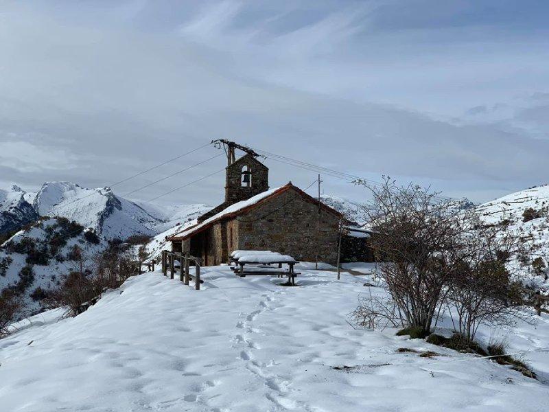 Église de Paradilla de Gordón