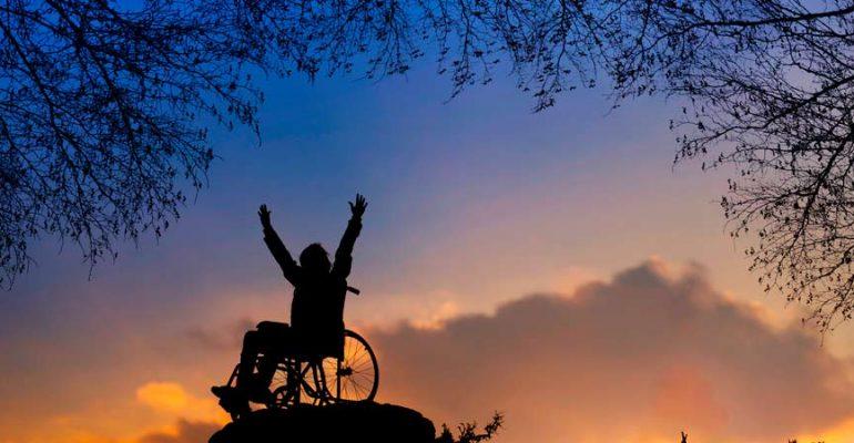 Partir sur les chemins pour les personnes handicapées