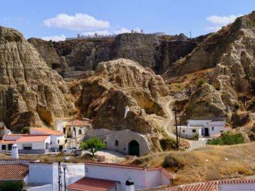 Guadix, la capitale européenne des grottes habitées