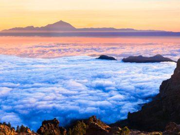 5 endroits en Espagne où vous pouvez cheminer au-dessus de toute une mer de nuages