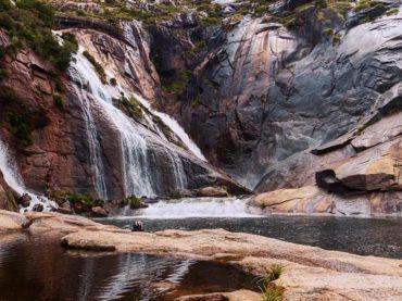 Cascade d'Ézaro : le seul fleuve d'Europe qui coule en cascade dans la mer