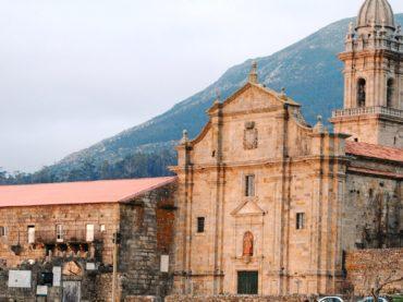 Santa María de Oia, le monastère qui fut aussi prison et forteresse
