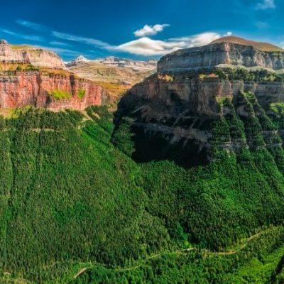 La légende pyrénéenne du Mont Perdu, aussi grand que la convoitise d'un berger