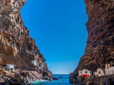 Porís de Candelaria, un trésor blanc caché parmi les rochers