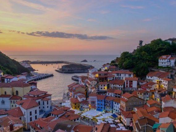 Route d'une semaine à travers les villages de la côte asturienne