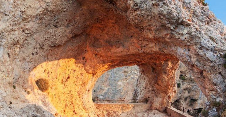 La fenêtre du diable, un mirador légendaire dans les montagnes de Cuenca