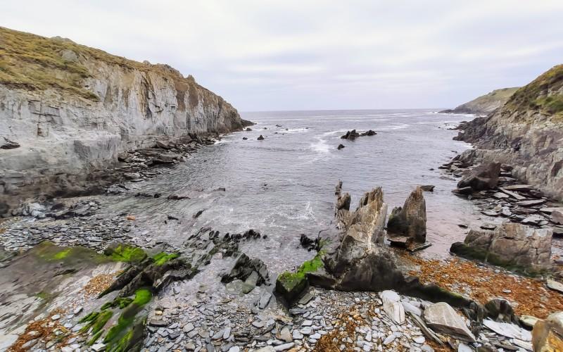 La plage de La Losera, près de Puerto de Vega