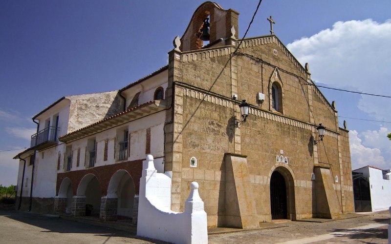 Façade principale de l'église de la Transfiguración