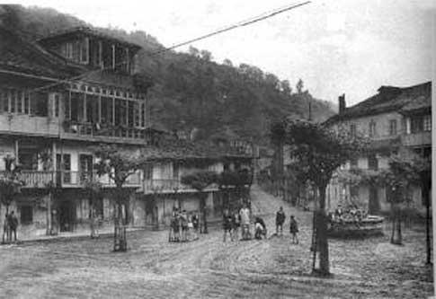foto antigua Plaza de Requejo en Mieres