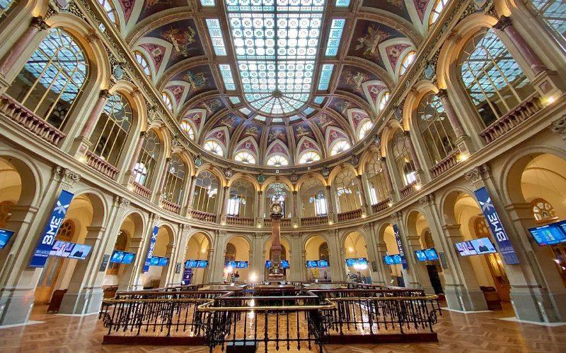 Intérieur du Palais de la Bourse de Madrid