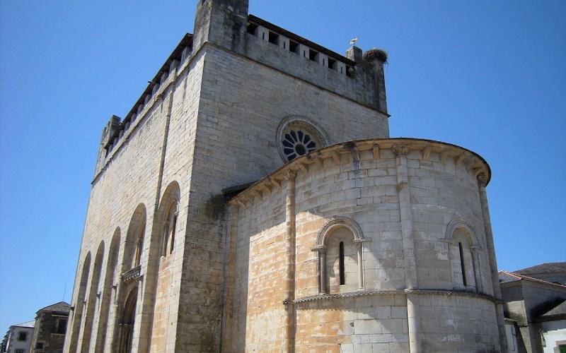 Chevet et rosace est de San Xoán de Portomarín