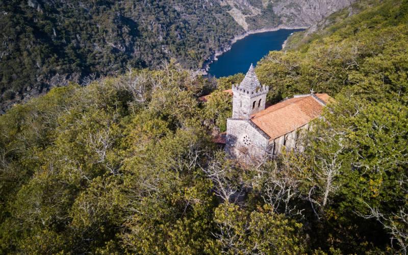 Vue de la zone du monastère de Santa Cristina de Ribas de Sil