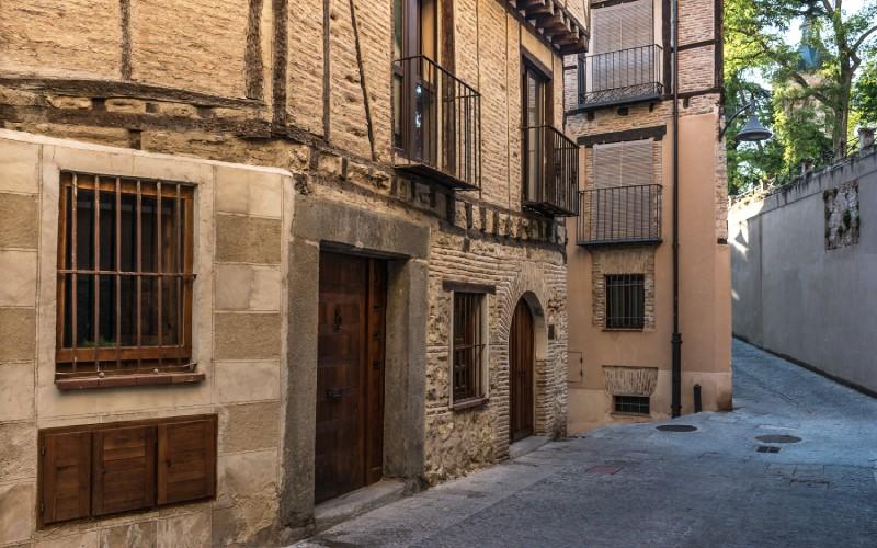Typique ruelle du quartier juif de Ségovie