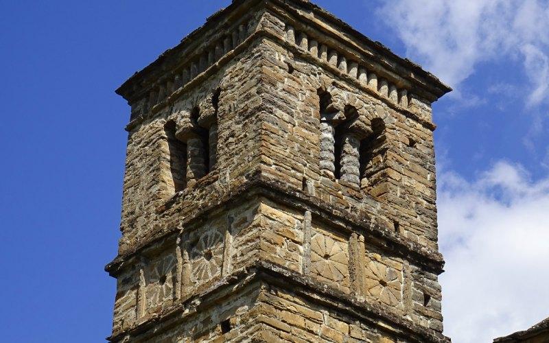 Détail de la Tour de San Bartolomé de Gavín